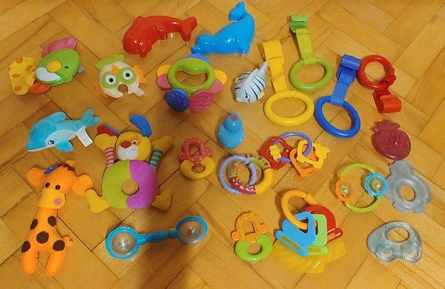 Zestaw gryzaków i zabawek