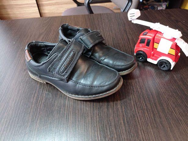 Туфлі на хлопчика 5-6 років 29 розмір