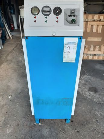 Compressor de parafuso 7,5cv GNUTTI