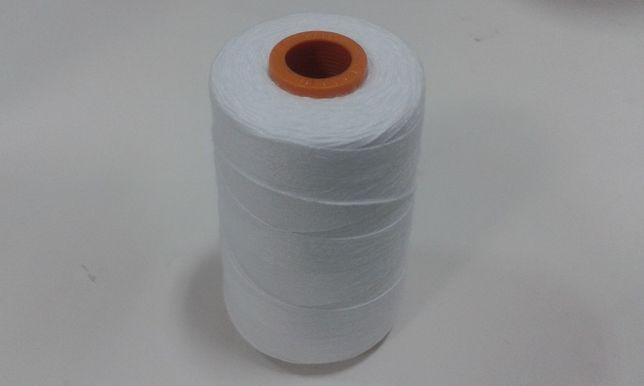 Cones de linha para coser sacos