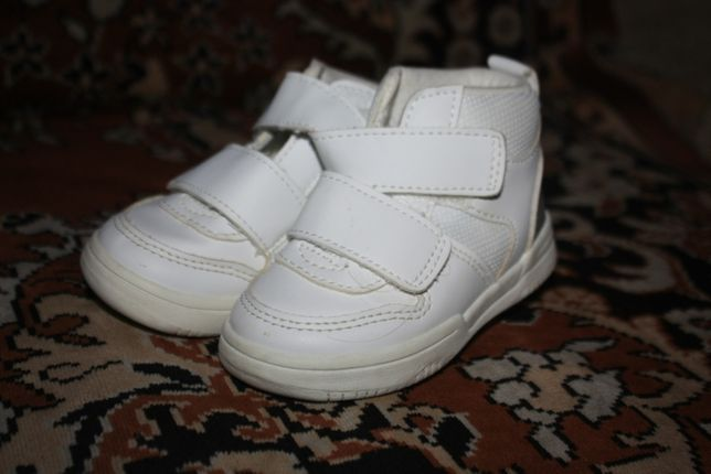 кроссовки черевички H&M