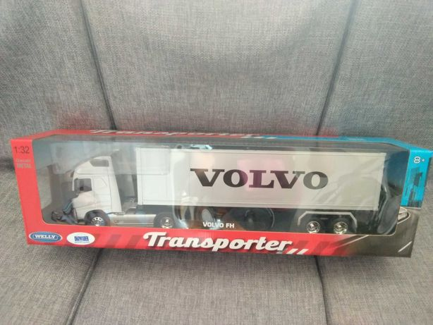 Model metalowy Volvo FH 1:32
