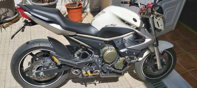 Yamaha Xj6 impecável!!!