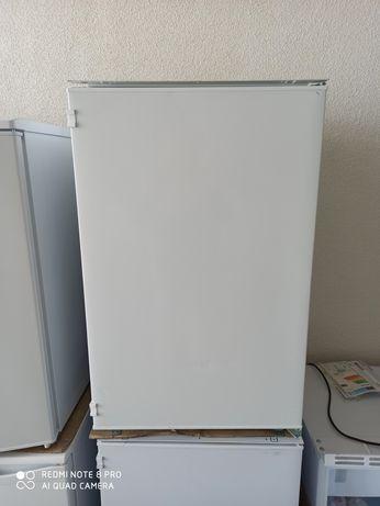 Новый Встраиваемый холодильник Candy(italy)Cbo150Ne из Германии
