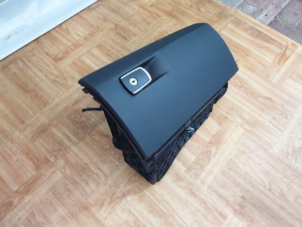 SCHOWEK pasażera w konsolę BMW 3 F30 / F31 / kompletny / IGŁA / części