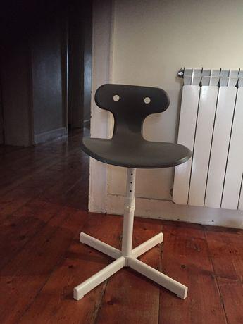 Cadeira de secretaria IKEA