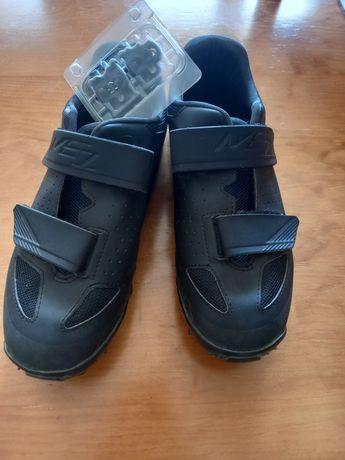 Sapatos de btt como novos