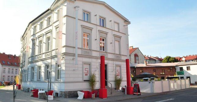 HOTEL 5 Gwiazdkowy Sint Ji na sprzedaż. 881 m2 +taras (nowy budynek)
