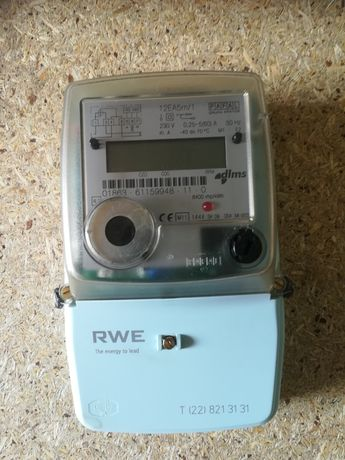 Licznik energii prądu 1-fazowego wzorcowany.