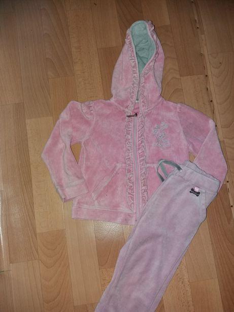Спортивный костюм для девочки 2-3 года