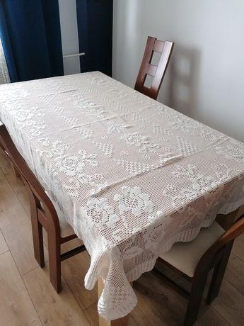 Obrus dekoracyjny koronkowy ażurowy haftowany 210x140