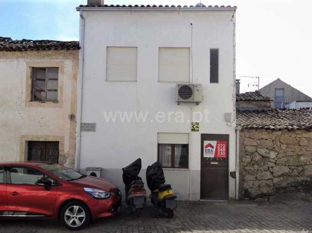 Vende Low Cost Moradia T1 C/ Ar Condicionado Concelho Castelo Branco