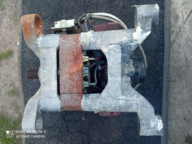 Продам двигатель стиральной машины