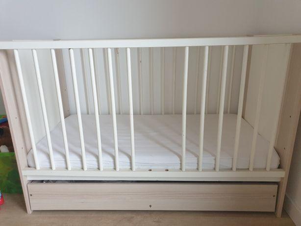 Łóżeczko dziecięce KLUPŚ + materacyk