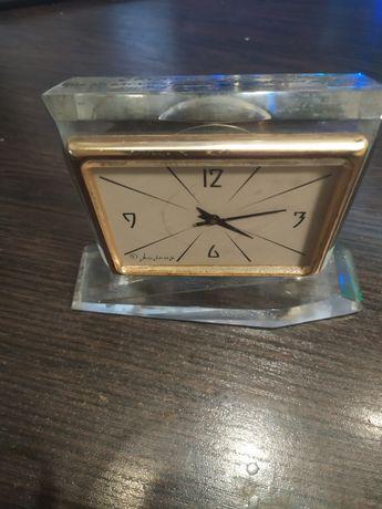Настольные часы МОЛНИЯ