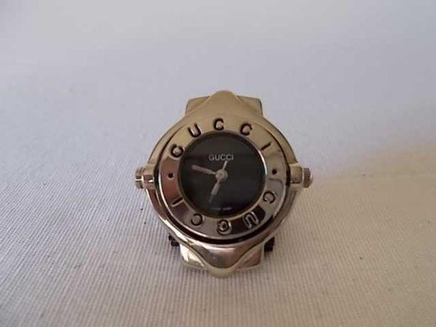 Relógio Gucci de senhora a funcionar sem a bracelete