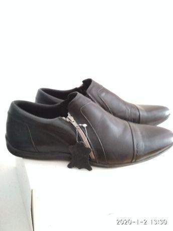 Туфлі чоловічі дуже гарні