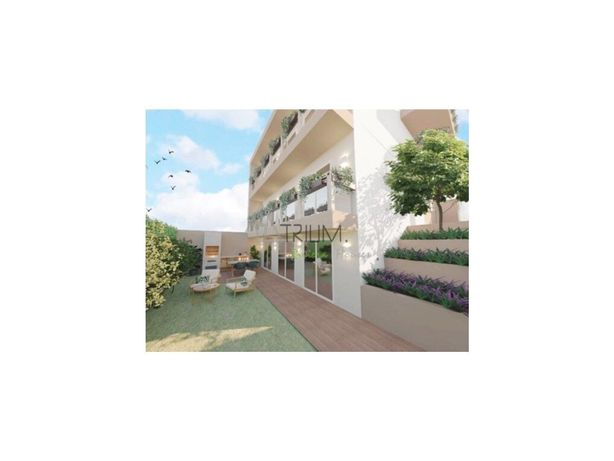 Apartamento T1 em Moradia Bi-Familiar, Caparide, São Domi...