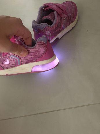 Geox кроссовки, светящиеся, 26 р