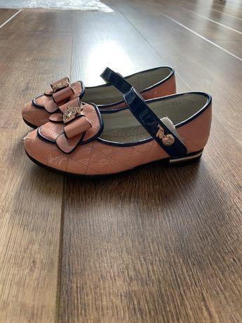 Туфли нарядные красивые розовые для девочки туфельки