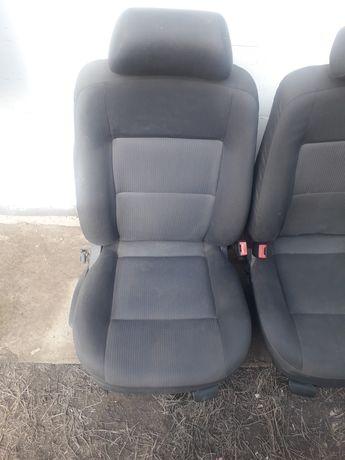 Сиденья передние с иномарки для ваз уаз и других авто
