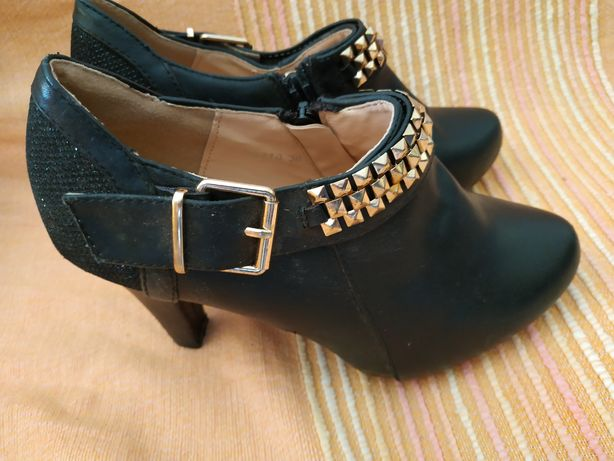 Vende se sapatos