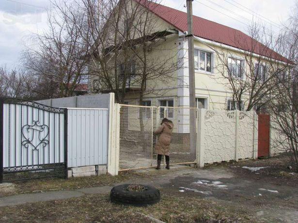 Дом 275 кв.м. 2эт., кирпич в с. Корнеевка Барышевский р-н,30 соток
