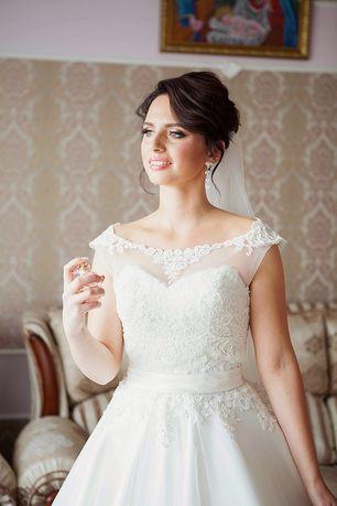 Весільна сукня + болеро в подарунок