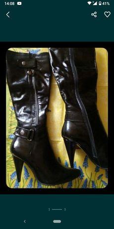 Новие Сапоги, чоботи, демисезон. Натуральна шкіра з блиском(не лак)