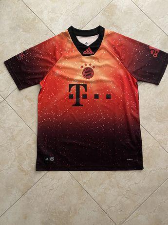 Camisola Bayern EA Sports coleção