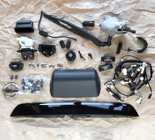 Дворник камера, значек замок пластик ляды Nissan Kicks Ниссан Кикс