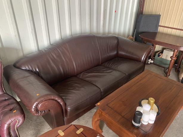 Skórzana sofa do salonu