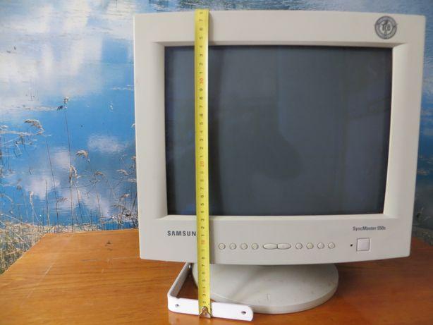 "Монитор 15"" Samsung SyncMaster 550s"