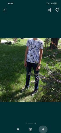 Джинсы на мальчика 11-12 лет