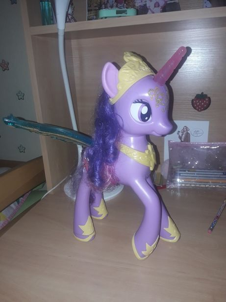Интерактивная пони My Little Pony Feature Princess Twilight Sparkle