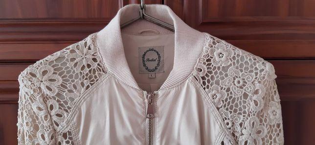 Куртка (кофта, ветровка) женская