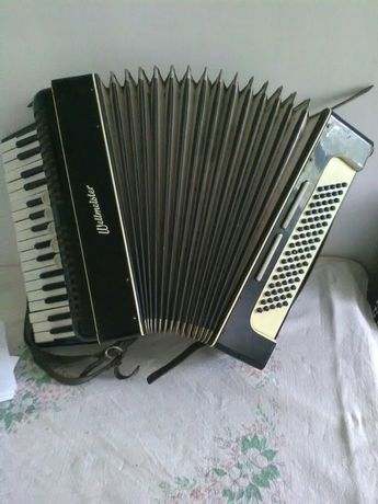 Akordeon.weltmeister.80
