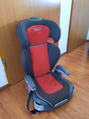 Fotelik dla dziecka do samochodu 15-36 kg