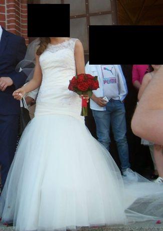 Sukienka ślubna. Prawie za darmo.