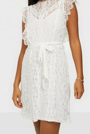 Sukienka koronkowa elegancka biała marki Villa rozmiar L