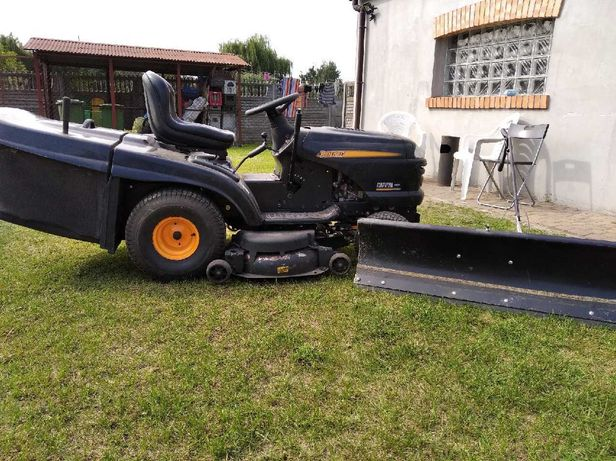 Traktor kosiarka firmy Partner P200107HRB