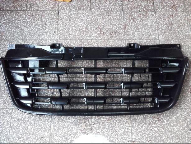 Atrapa Grill czarna - Renault Master 3 / III 2010-