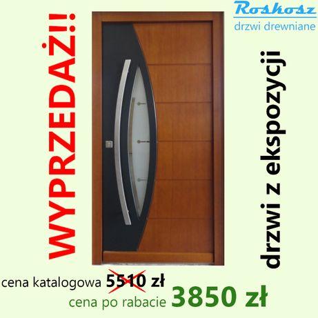 Drzwi zewnętrzne 74mm drewniane powystawowe od ręki lewe 90 2-u kolor