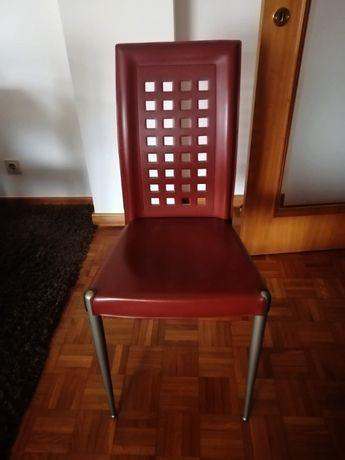 Cadeiras em pele vermelhas - 2 unidades