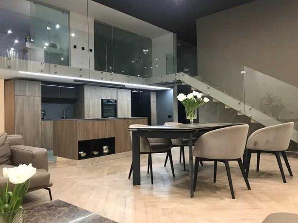 Прекрасная 3-комнатная квартира с террасой в кирпичном доме в Аркадии