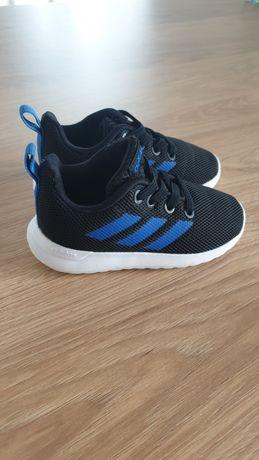 Buty chłopięce adidas 22