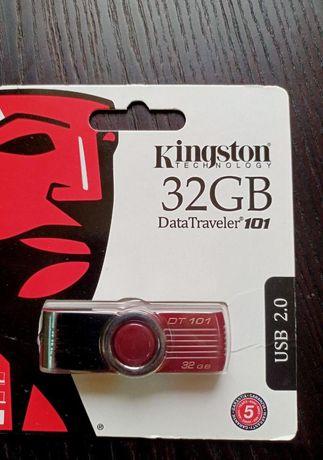 Флеш накопитель для передачи данных на 32 Gb Новая флешка