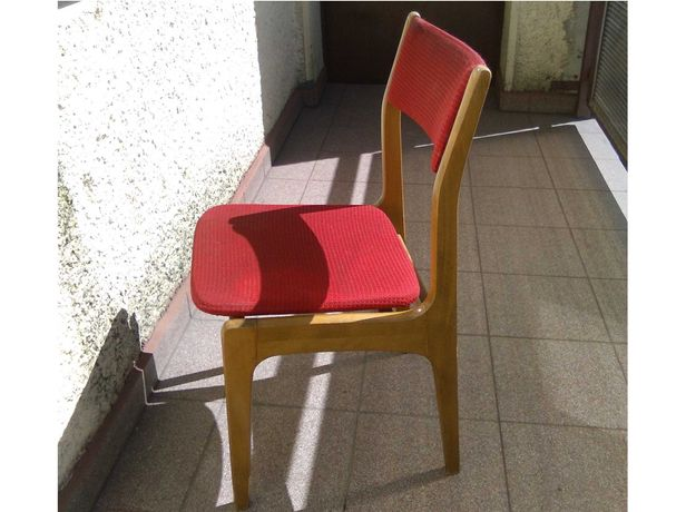 krzesła drewniane PRL, ramy w bdb stanie