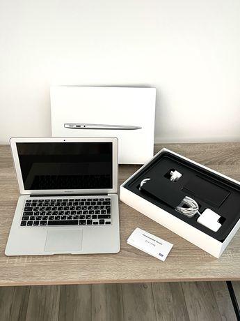 Macbook air 13  А1466
