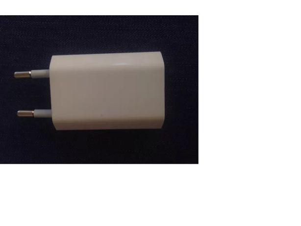 Сетевое зарядное устройство iPod iPhone